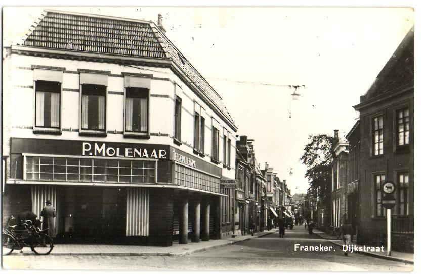 Dijkstraat-met-P.-Molenaar