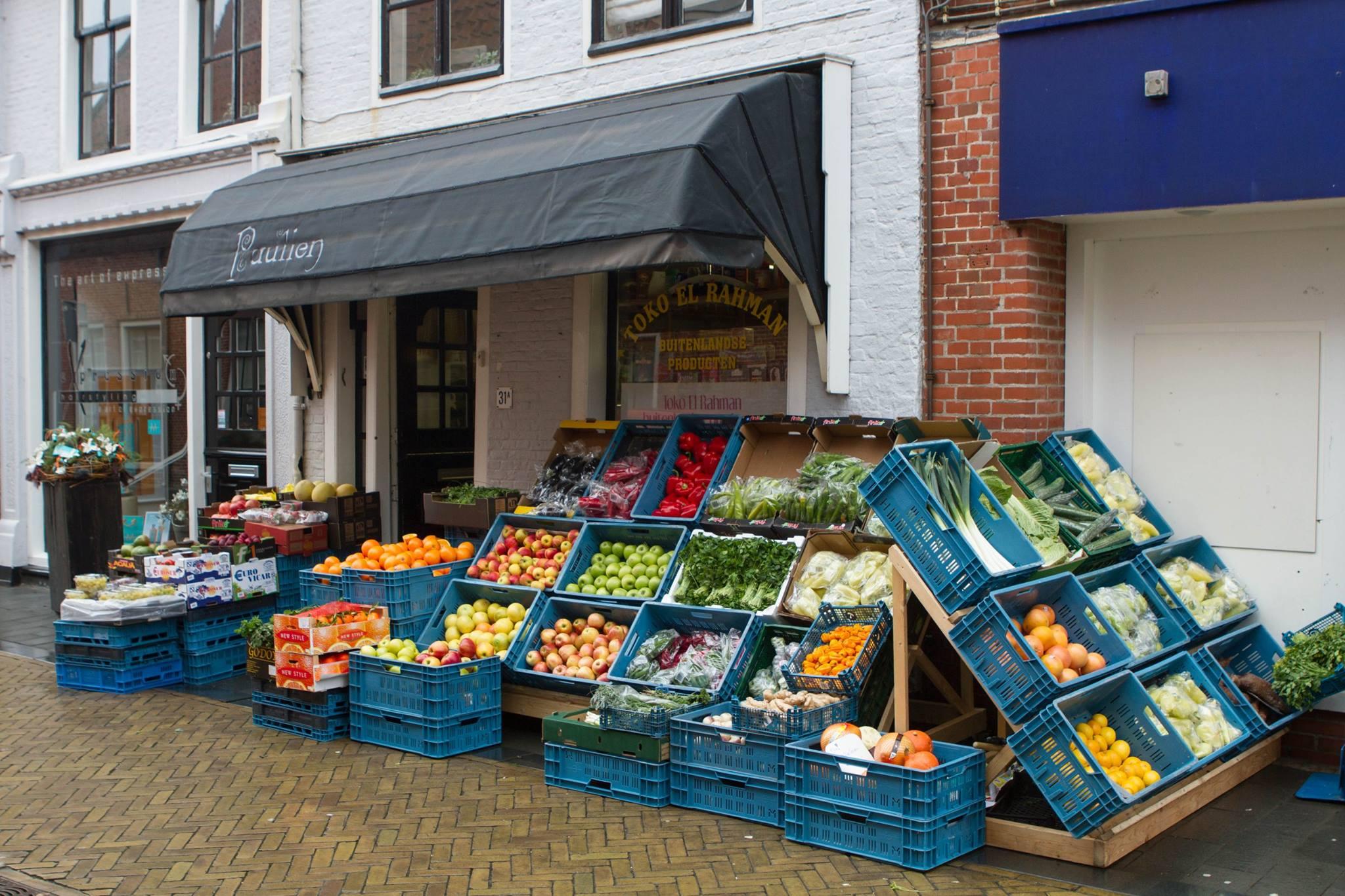 Dijkstraat-nieuwe-groentewinkel-2015