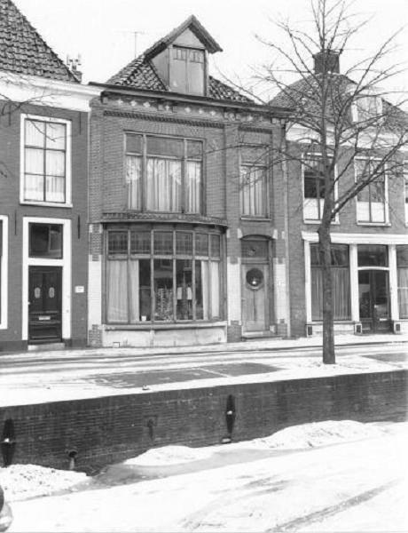 Eise-Eisingastraat-huis-met-rond-glas