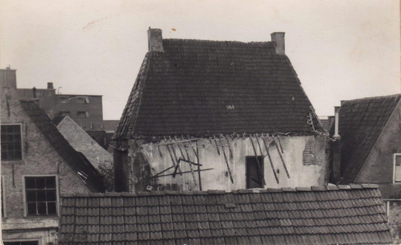 Expert-afbraak-voor-parkeerplaats-1967